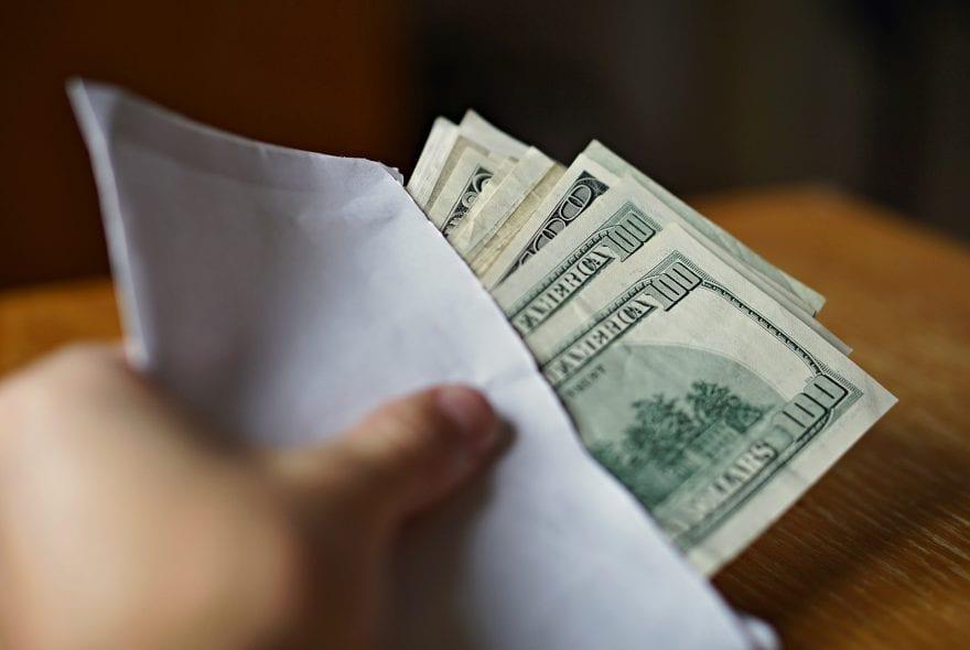 - طريقة سداد القروض واستخراج قرض جديد
